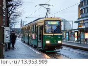 Финляндия.Хельсинки.Трамвай (2015 год). Редакционное фото, фотограф Иван Маркуль / Фотобанк Лори