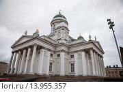 Финляндия.Хельсинки. Сенатская площадь.Собор Святого Николая. Стоковое фото, фотограф Иван Маркуль / Фотобанк Лори