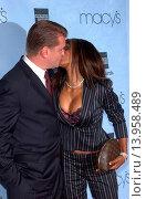 Traci Bingham & fiancee Macy*s Passport Gala. Barker Hanger - Santa Monica, California. September 30th, 2004. Photo by Patrick Rideaux/PicturePerfect (2013 год). Редакционное фото, фотограф visual/pictureperfect / age Fotostock / Фотобанк Лори