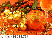 Купить «Новогодняя композиция», фото № 14014789, снято 13 ноября 2013 г. (c) Виктор Топорков / Фотобанк Лори