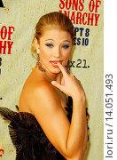 Kristen Renton - Hollywood/California/United States - SONS OF ANARCHY SEASON TWO PREMIERE AT PARAMOUNT STUDIOS (2009 год). Редакционное фото, фотограф visual/pictureperfect / age Fotostock / Фотобанк Лори