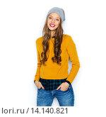 Купить «happy young woman or teen girl in casual clothes», фото № 14140821, снято 31 октября 2015 г. (c) Syda Productions / Фотобанк Лори