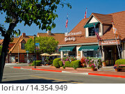 Купить «Danish style village of Solvang, Santa Barbara County, California.», фото № 14354949, снято 25 апреля 2008 г. (c) age Fotostock / Фотобанк Лори