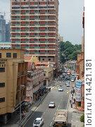 Улица города Куала-Лумпур (2010 год). Редакционное фото, фотограф Daniil Nasonov / Фотобанк Лори