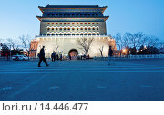 Купить «Arrow Tower (Jian Lou) located in south part of Tiananmen Square in Beijing, China», фото № 14446477, снято 27 марта 2013 г. (c) age Fotostock / Фотобанк Лори