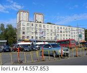 Купить «Пятиэтажный панельный четырёхподъездный жилой дом серии К-7. Измайловский проспект, 63. Москва», эксклюзивное фото № 14557853, снято 21 сентября 2008 г. (c) lana1501 / Фотобанк Лори