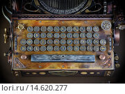 Купить «Клавиатура модели пишущей машинки в стиле стимпанк», фото № 14620277, снято 29 ноября 2015 г. (c) Валерий Александрович / Фотобанк Лори