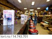 Купить «USA, New Jersey, Bloomfield, Holstens Ice Cream Parlor, final location used for the last episode of the Sopranos TV series, interior.», фото № 14743701, снято 15 ноября 2013 г. (c) age Fotostock / Фотобанк Лори