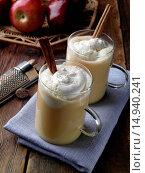 Купить «Hot Mulled Apple Caramel Cider», фото № 14940241, снято 22 февраля 2020 г. (c) age Fotostock / Фотобанк Лори