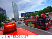 Купить «Tourist Bus. Diagonal Zero Zero Tower designed by the architect Enric Massip, Telefonica Headquarters. Museu Blau, Forum building. Diagonal Mar district. Barcelona. Catalonia. Spain.», фото № 15031437, снято 31 мая 2014 г. (c) age Fotostock / Фотобанк Лори