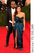 Купить «'Charles James: Beyond Fashion' Costume Institute Gala at the Metropolitan Museum of Art - Outside Arrivals Featuring: Kanye West,Kim Kardashian Where...», фото № 15193349, снято 5 мая 2014 г. (c) age Fotostock / Фотобанк Лори