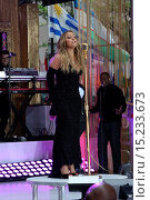 Купить «'The Today Show' was the spot to be on Friday morning as Heidi Klum and Mariah Carey both made appearances. Klum was interviewed and Carey performed live...», фото № 15233673, снято 16 мая 2014 г. (c) age Fotostock / Фотобанк Лори