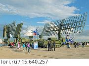 Купить «Международный авиационно-космический салон МАКС-2015. Мобильные радиолокационные комплексы», фото № 15640257, снято 30 августа 2015 г. (c) Игорь Долгов / Фотобанк Лори