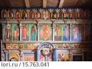 Фрагмент иконостаса деревянной Троицкой церкви. Свияжск (2015 год). Стоковое фото, фотограф Victoria Demidova / Фотобанк Лори