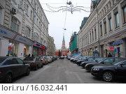 Купить «Никольская улица в Москве до реконструкции», эксклюзивное фото № 16032441, снято 30 ноября 2010 г. (c) lana1501 / Фотобанк Лори