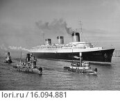 Купить «New York, New York: March 16, 1937.The French liner Normandie accompanied by tugboats as she nears her pier in the north river.», фото № 16094881, снято 22 марта 2018 г. (c) age Fotostock / Фотобанк Лори