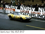 Henri Greder-Jean Pierre Rouget's Corvette ZL1 racing in the Le Mans 24hours race, France 1970. Стоковое фото, фотограф GP Library \ UIG / age Fotostock / Фотобанк Лори