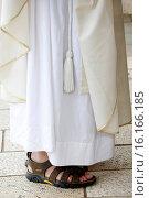 Купить «Priests chasuble and sandals.», фото № 16166185, снято 5 июля 2020 г. (c) age Fotostock / Фотобанк Лори