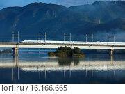 Купить «Japan, Sanyo, Okayama, Setouchi, Setouchi-shi, Yoshikawa, Bullet Train.», фото № 16166665, снято 23 октября 2018 г. (c) age Fotostock / Фотобанк Лори