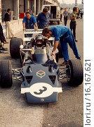 Graham Hill. Rob Walker's Lotus 72 pits, 1970. Стоковое фото, фотограф GP Library \ UIG / age Fotostock / Фотобанк Лори