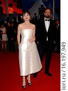 Justin Kurzel with his wife Essie Davis during the Macbeth premiere, 68° Cannes Film Festival 23/05/2015. Редакционное фото, фотограф AGF/Maria Laura Antonelli / age Fotostock / Фотобанк Лори