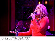 Купить «NYC cabaret debut of Jessica Vosk: I Came from Jersey For This, held at 54 Below nightclub - Concert. Featuring: Brad Simmons, Jessica Vosk Where: New...», фото № 16324737, снято 28 февраля 2015 г. (c) age Fotostock / Фотобанк Лори
