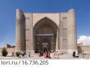 Купить «Bibi Khanym Mosque, Samarkand, Uzbekistan, UNESCO World Heritage Site», фото № 16736205, снято 19 мая 2007 г. (c) easy Fotostock / Фотобанк Лори