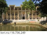 Купить «Bolo Hauz Mosque, Bukhara, Uzbekistan, UNESCO World Heritage Site», фото № 16736249, снято 21 мая 2007 г. (c) easy Fotostock / Фотобанк Лори