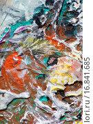 Купить «Хаос краски на палитре», фото № 16841685, снято 12 ноября 2014 г. (c) Elizaveta Kharicheva / Фотобанк Лори