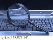 Купить «Laptop Magnifying glass», фото № 17077141, снято 10 декабря 2019 г. (c) easy Fotostock / Фотобанк Лори