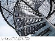 Купить «Ажурная металлическая винтовая лестница», фото № 17269725, снято 11 июня 2015 г. (c) EugeneSergeev / Фотобанк Лори