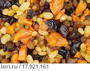 Купить «Начинка для штоллена, сухофрукты замоченные в роме», эксклюзивное фото № 17921161, снято 6 декабря 2015 г. (c) Dmitry29 / Фотобанк Лори
