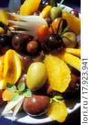 Купить «Citrus fruit and olive salad», фото № 17923941, снято 24 февраля 2018 г. (c) easy Fotostock / Фотобанк Лори