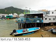 Купить «Tai O, fishing village in Hong Kong», фото № 18569453, снято 22 мая 2019 г. (c) easy Fotostock / Фотобанк Лори