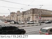 Купить «Павелецкий вокзал в Москве», эксклюзивное фото № 19243277, снято 18 апреля 2012 г. (c) Алёшина Оксана / Фотобанк Лори