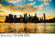 Купить «New York City cityscape at sunset», фото № 19649893, снято 4 ноября 2011 г. (c) easy Fotostock / Фотобанк Лори