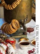 Чай с бубликами и вареньем. Стоковое фото, фотограф Сергей Чайко / Фотобанк Лори