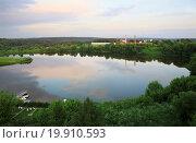 Купить «Ptitsegradsky pond. Sergiev Posad. Moscow region. Russia.», фото № 19910593, снято 21 февраля 2020 г. (c) easy Fotostock / Фотобанк Лори