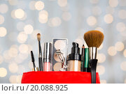 Купить «close up of cosmetic bag with makeup stuff», фото № 20088925, снято 19 ноября 2015 г. (c) Syda Productions / Фотобанк Лори