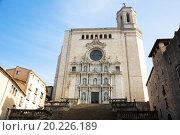Купить «Wide angle shot of Cathedral of Gerona», фото № 20226189, снято 16 декабря 2018 г. (c) Яков Филимонов / Фотобанк Лори