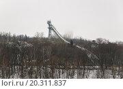 Купить «Большой лыжный трамплин на Воробьевых горах», эксклюзивное фото № 20311837, снято 6 января 2012 г. (c) Алёшина Оксана / Фотобанк Лори