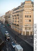FRANCE, PARIS - SEP 10, 2014: Cityscape of street with a traffic and crosswalk., фото № 20392901, снято 10 сентября 2014 г. (c) Losevsky Pavel / Фотобанк Лори