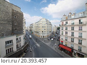 Купить «PARIS, FRANCE - SEP 11, 2014: The view from the window to the street Rue La Fayette in Paris, top view», фото № 20393457, снято 11 сентября 2014 г. (c) Losevsky Pavel / Фотобанк Лори