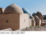 Купить «Купола мавзолеев в комплексе Шахи-Зинда», фото № 20729397, снято 22 сентября 2007 г. (c) Elizaveta Kharicheva / Фотобанк Лори