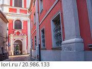 Купить «Klasztorna street, in background Post Jesuit College, Poznan, Poland.», фото № 20986133, снято 15 июля 2020 г. (c) age Fotostock / Фотобанк Лори