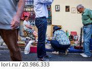 Купить «Rastro flea market. Madrid, Spain.», фото № 20986333, снято 15 июля 2020 г. (c) age Fotostock / Фотобанк Лори