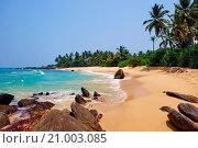 Купить «Sri Lanka, South West Coast, Ambalangoda, beach.», фото № 21003085, снято 21 марта 2015 г. (c) age Fotostock / Фотобанк Лори