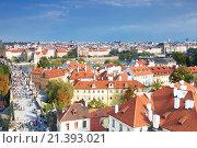 Купить «Houses with traditional red roofs in Prague Old Town in the Czech Republic», фото № 21393021, снято 5 сентября 2014 г. (c) Наталья Волкова / Фотобанк Лори