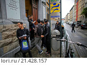 Купить «Belgium police carried out raids and house searches, but arrested no terrorists in muslim area Molenbeek in Brussels. This is a school in Molenbeek.», фото № 21428157, снято 16 ноября 2015 г. (c) age Fotostock / Фотобанк Лори