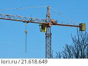 Купить «Строительный кран крупным планом», фото № 21618649, снято 10 января 2016 г. (c) Сергей Трофименко / Фотобанк Лори